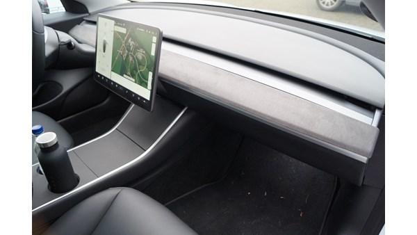Tesla Model 3 / Y Afdækning Instrumentbord (Alcantara)