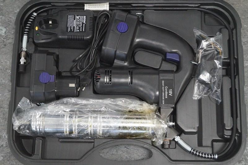 Fedtsprøjte 18V med to batterier NY