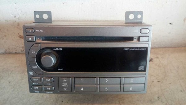 RADIO MED CD, SUBARU FORESTER 03-08