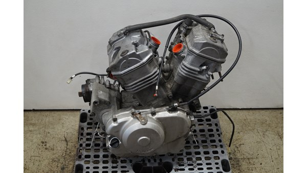 HONDA NT 650 DEAUVILLE HONDA NT 650 DEAUVILLE MOTOR